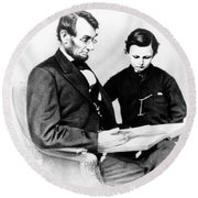 Abraham Lincoln And Tad Round Beach Towel