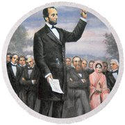 Abraham Lincoln Delivering The Gettysburg Address Round Beach Towel