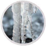 Abstract Icicles I Round Beach Towel