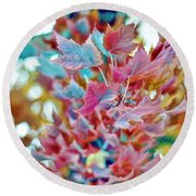 Abstract Leaves Round Beach Towel