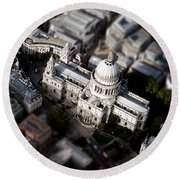 Aerial View Of St Pauls Cathedral Round Beach Towel