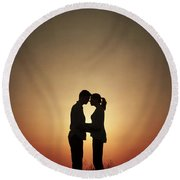 Affectionate Couple At Sunset In Silhouette Round Beach Towel