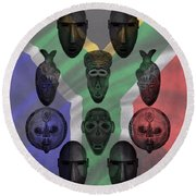 Africa Flag And Tribal Masks Round Beach Towel