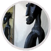 African Statue Reflection Round Beach Towel
