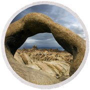 Alabama Hills Arch Round Beach Towel