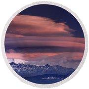 Alayos Mountains At Sunset In Sierra Nevada Round Beach Towel
