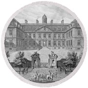 Albemarle House, Formerly Clarendon Round Beach Towel