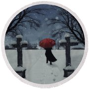 Alone In The Snow Round Beach Towel