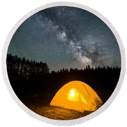 Alone Under The Stars Round Beach Towel