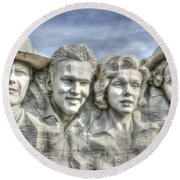American Cinema Icons - America's Sweethearts Round Beach Towel