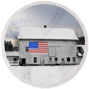 American Flag On A Pennsylvania Barn Round Beach Towel