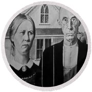 American Gothic In Black And White 1 Round Beach Towel