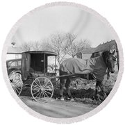 Amish Carriage, 1942 Round Beach Towel