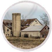 Amish Farm In Etheridge Tennessee Usa Round Beach Towel by Kathy Clark