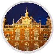 Amsterdam Central Train Station At Night Round Beach Towel