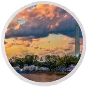 An Evening In Dc Round Beach Towel