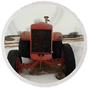 An Old Dase Tractor Round Beach Towel
