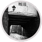 Ancient Alley In Tui Bw Round Beach Towel
