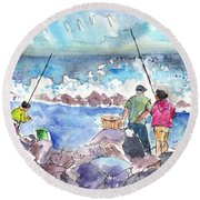 Angling In Gran Canaria Round Beach Towel