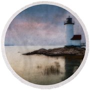 Annisquam Harbor Lighthouse Round Beach Towel