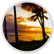 Another Maui Sunset Round Beach Towel