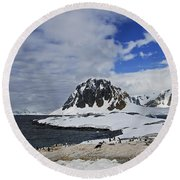Antarctic Wilderness... Round Beach Towel