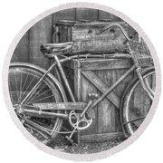 Antiquated Bike Round Beach Towel