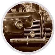 Antique Car Round Beach Towel