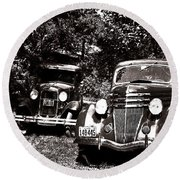 Antique Cars Black And White Round Beach Towel