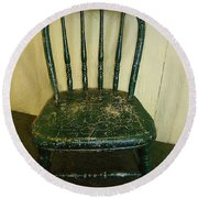Antique Child's Chair With Quilt Round Beach Towel