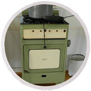 Antique Green Stove And Pressure Cooker Round Beach Towel