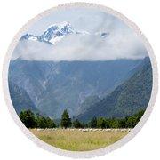 Aoraki Mt Cook Highest Peak Of Southern Alps Nz Round Beach Towel