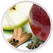 Apple And Cinnamon Round Beach Towel