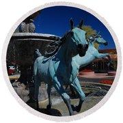 Arabian Horse Sculpture Round Beach Towel