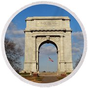 Arch At Valley Forge Round Beach Towel