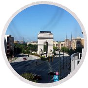 Arch Morning View Round Beach Towel
