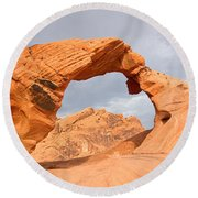 Arch Rock In The Valley Of Fire State Park In Nevada Round Beach Towel