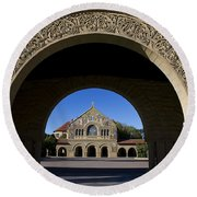 Arch To Memorial Church Stanford California Round Beach Towel