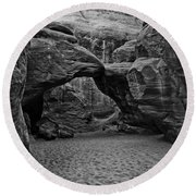Arches National Park Black And White Round Beach Towel