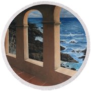 Arches Over The Ocean Round Beach Towel
