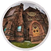 Architecture And Places In The Q.c. Series 03 Trinity Episcopal Church Round Beach Towel