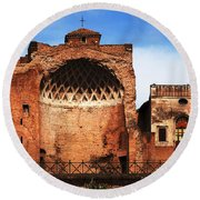 Architecture Of Italy Round Beach Towel