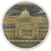 Arkansas State Capitol Round Beach Towel