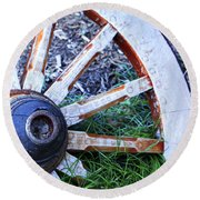 Artful Wagon Wheel Round Beach Towel