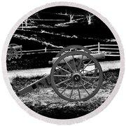 Artillery At Gettysburg Round Beach Towel