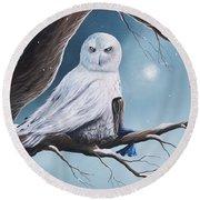 White Snow Owl Painting Round Beach Towel