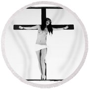 Asian Crucifix Highlight Round Beach Towel