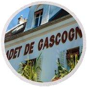 Au Cadet De Gascogne Round Beach Towel