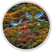 Autum In Japan Round Beach Towel