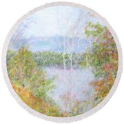 Autumn By The Lake In New Hampshire Round Beach Towel